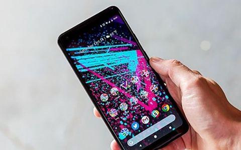 Jangan Beli Smartphone Saat Pertama Rilis Ini Alasannya